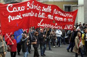 Corteo a Milano per sciopero generale del 24/10 - Foto da Repubblica.it