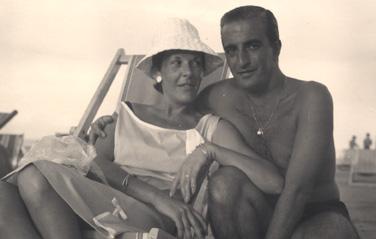 Mamma e papa nel 1964